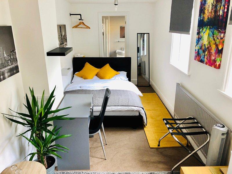 Waddon Haus - Croydon Central, casa vacanza a Caterham
