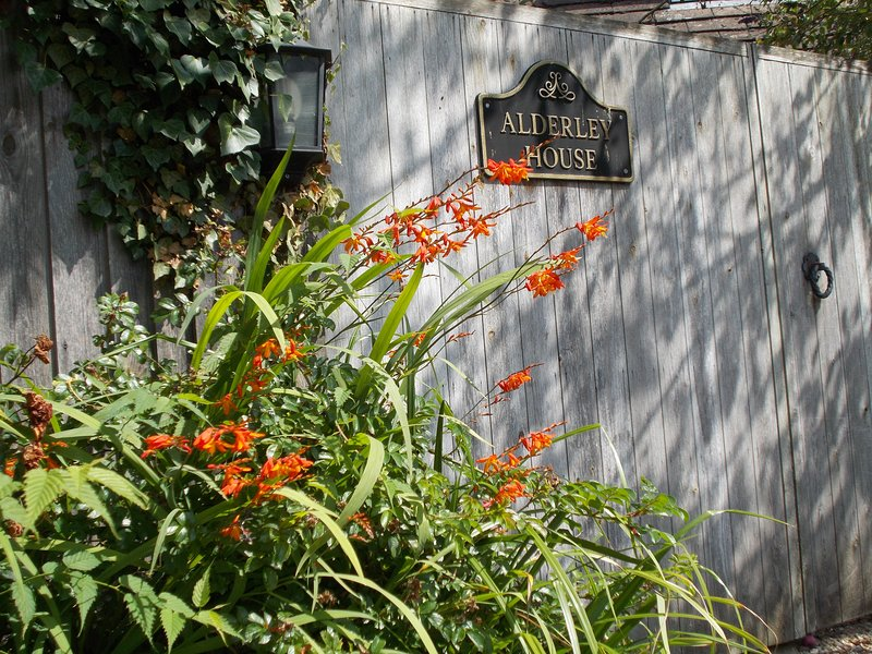 Recently Refurbished Alderley House !!, holiday rental in Bourton-on-the-Water