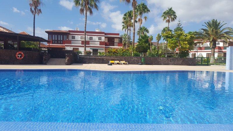 Beautiful 3 bedroom house in Costa del Silencio, holiday rental in Las Rosas