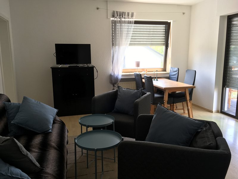 4 Zimmer Wohnung 80m² mit Garten, vacation rental in Hennef