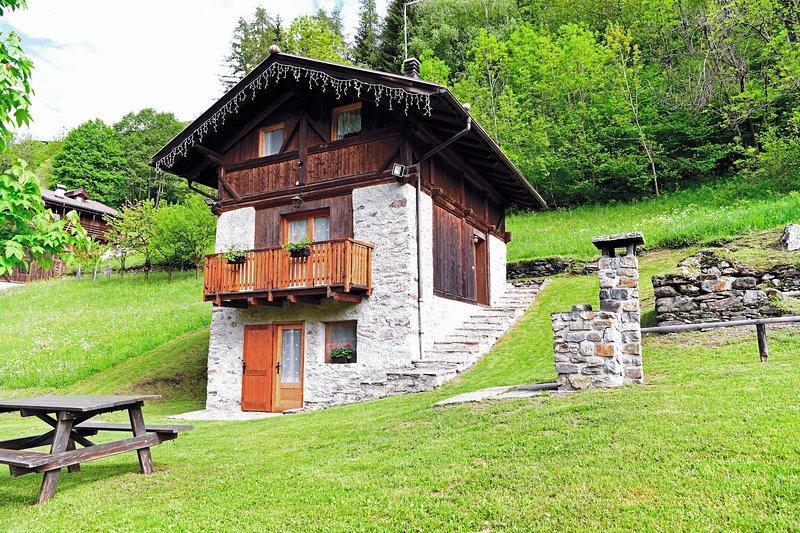 Chalet in Val di Rabbi - 8 persone, Ferienwohnung in Celledizzo