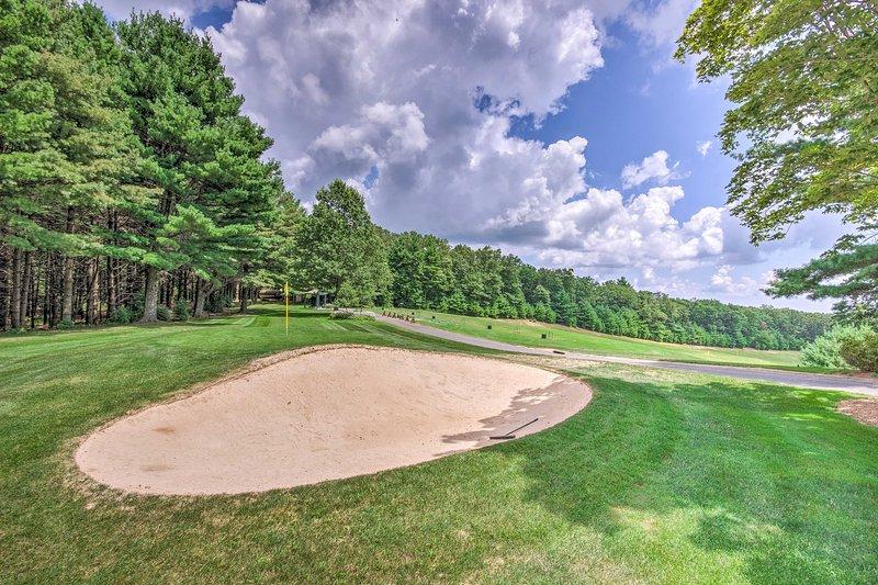 Olde Beau Resort Amenities | Golf Course (w/ Additional Fee)