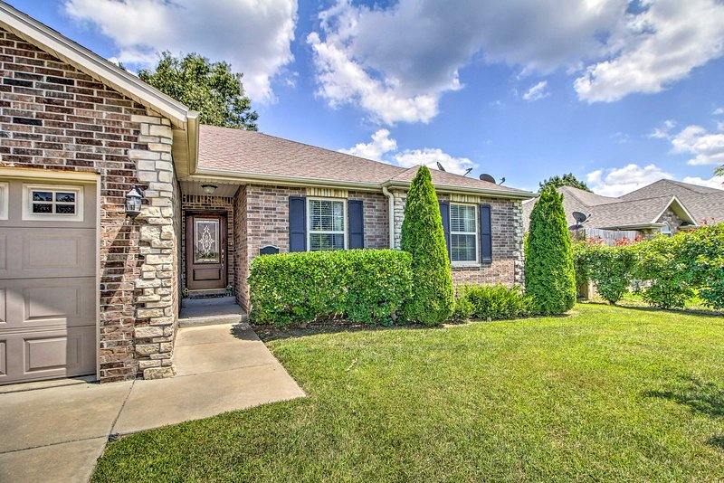 This Branson home awaits your family!