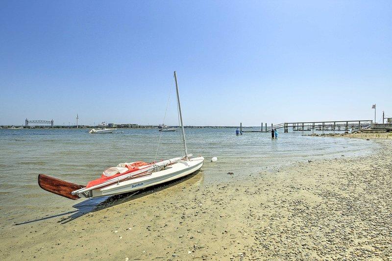 Camina hacia la playa para disfrutar de días maravillosos en el agua.