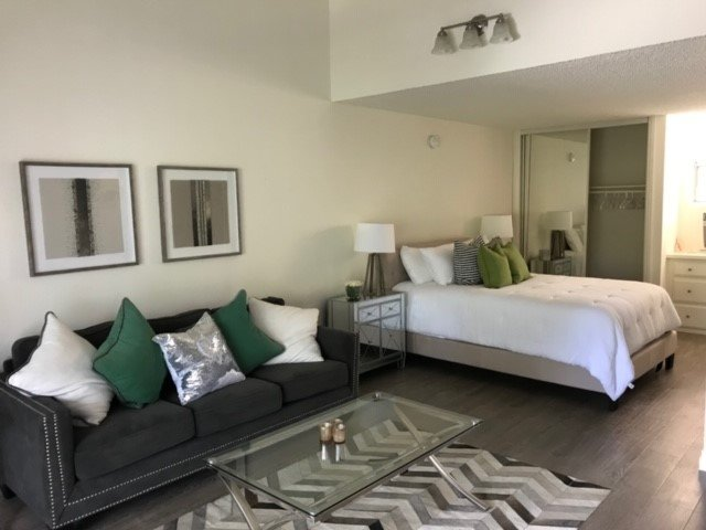 Westlake Village Studio, holiday rental in Simi Valley