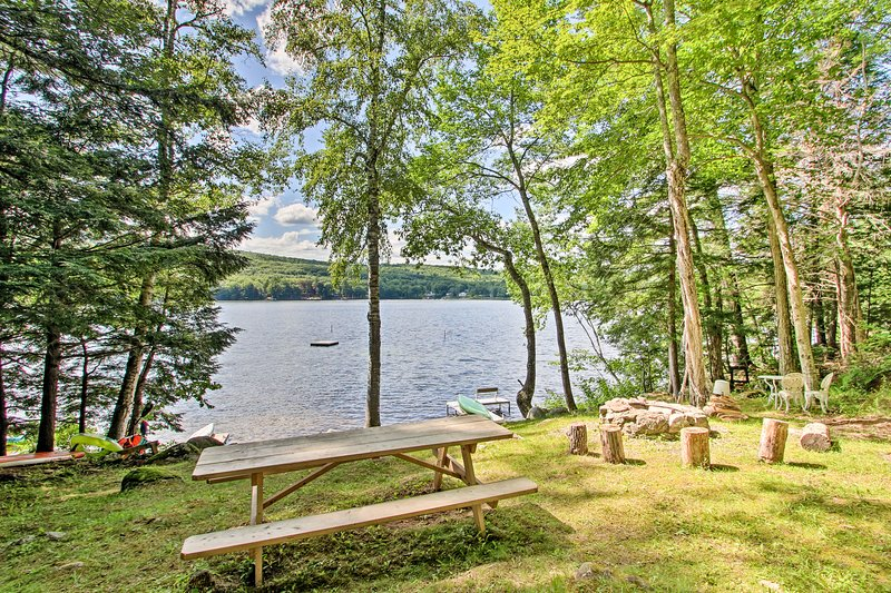 Book your next lakefront getaway to this Hartford vacation rental!