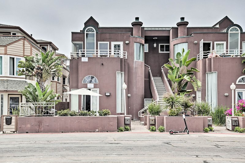 Vind dit goed gelegen huis op slechts 1 huizenblok van het strand!