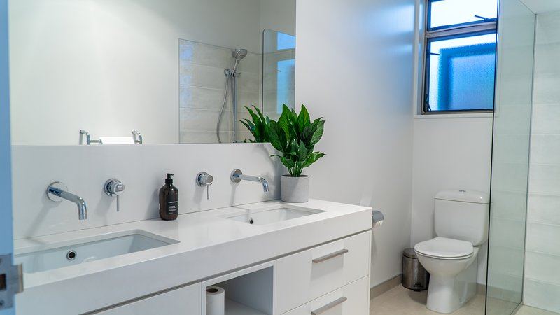 Release Wanaka - Morrows Mead, fresh, modern bathrooms at this luxury holiday rental.