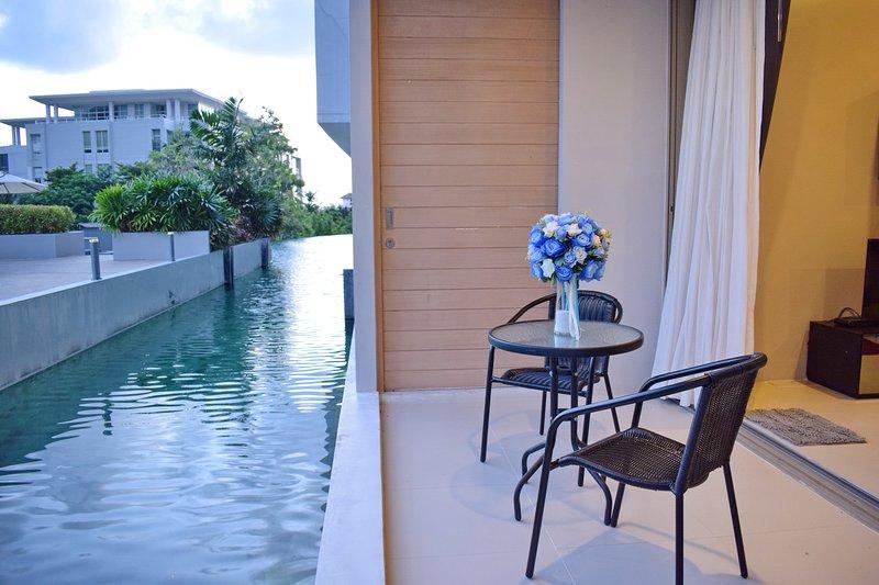 Studio Pool Access Karon Hill - G16 – semesterbostad i Karon Beach