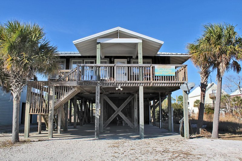 Sea Walley - Affordable Beach Stays ~ Great Food~ Great Views! Find Out What, holiday rental in Gulf Shores