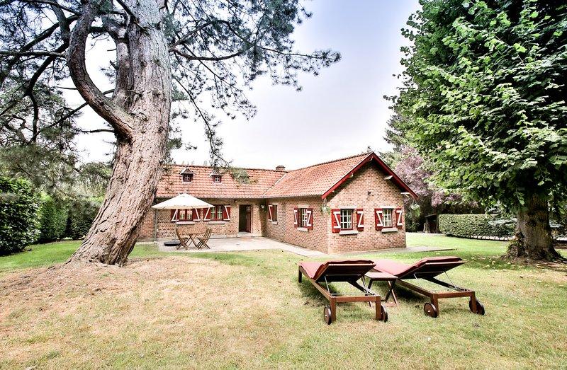 Petit Beauval - Chambres d'hôtes de charme au cœur d'un domaine privé !, location de vacances à Nivelles
