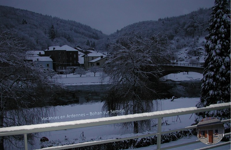 Bohan s/ Semois (Ardennes): renovated house with panoramic view on river Semois, holiday rental in Alle