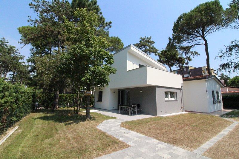 Villa Angela, vacation rental in Lignano Pineta