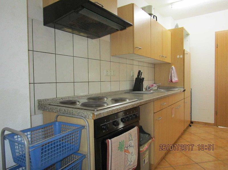 Wohnung für 6 Personen, vacation rental in Kerpen