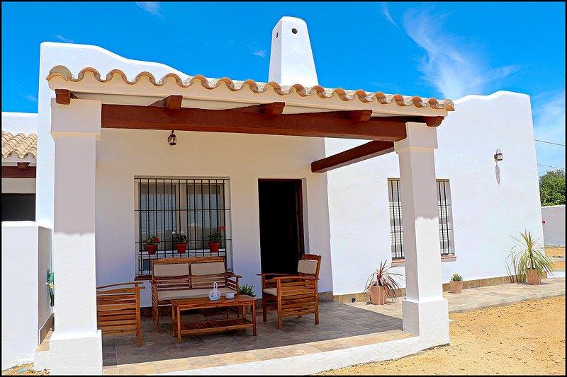 Bungalow la Ermita I, aluguéis de temporada em Los Naveros