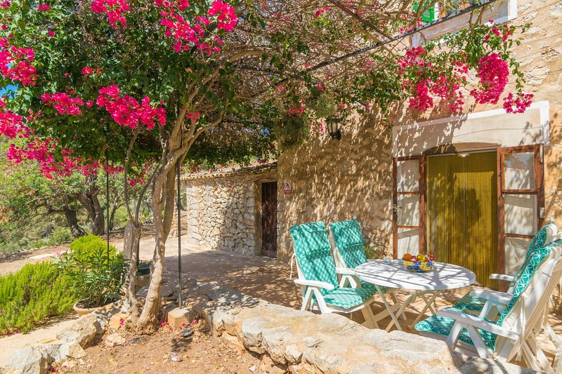 CAN TIONA - Chalet for 4 people in S'Arraco (Andratx), alquiler vacacional en Camp De Mar