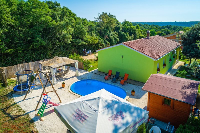 Holiday House Roby, vacation rental in Valtura