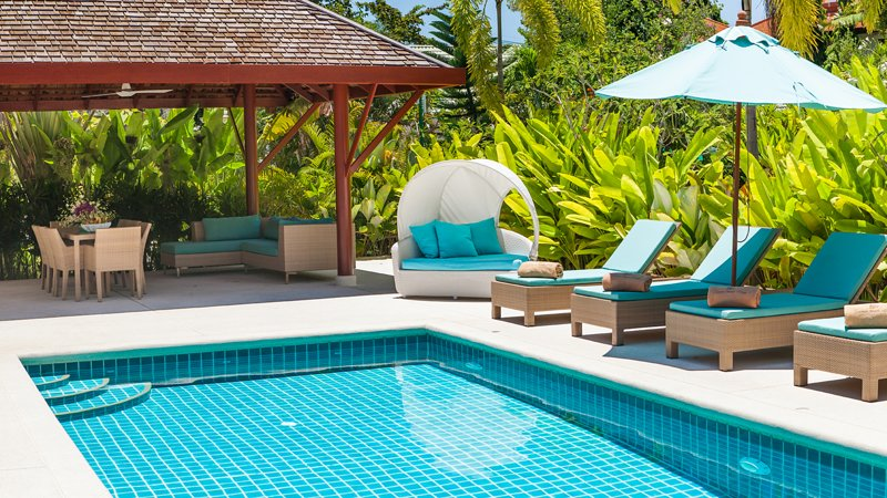 Baan Khwam Rak, Beachside Resort Villa, vacation rental in Laem Set