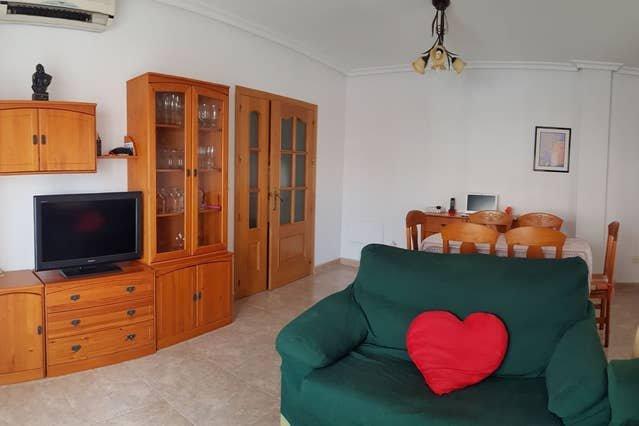 Beautiful apartment near the beach, vacation rental in El Carmoli