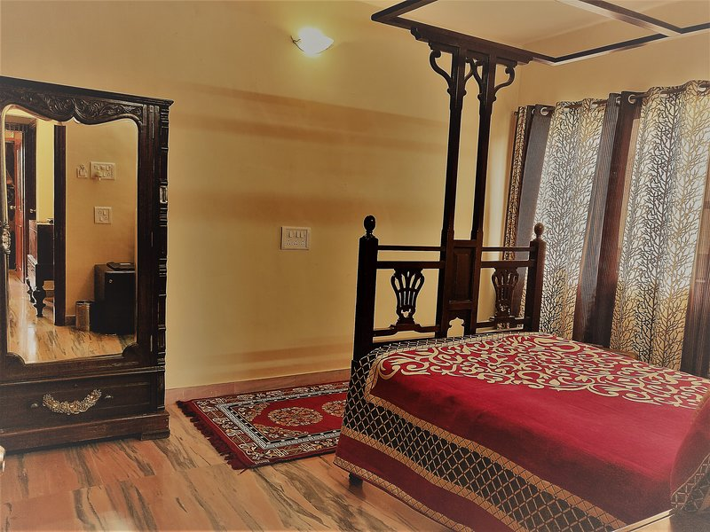 Jain Boutique Home, holiday rental in Vagholi