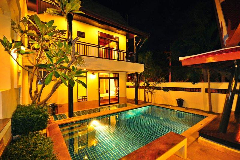 Punnapha Pool Villa Pattaya, holiday rental in Ban Huai Yai