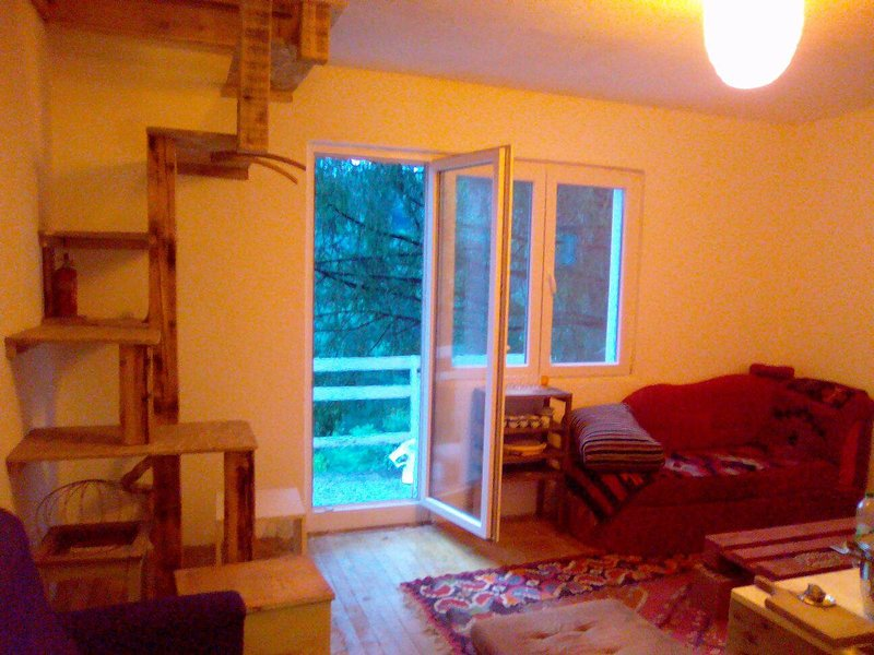 Climber's garden by the river Vrbas, holiday rental in Banja Luka