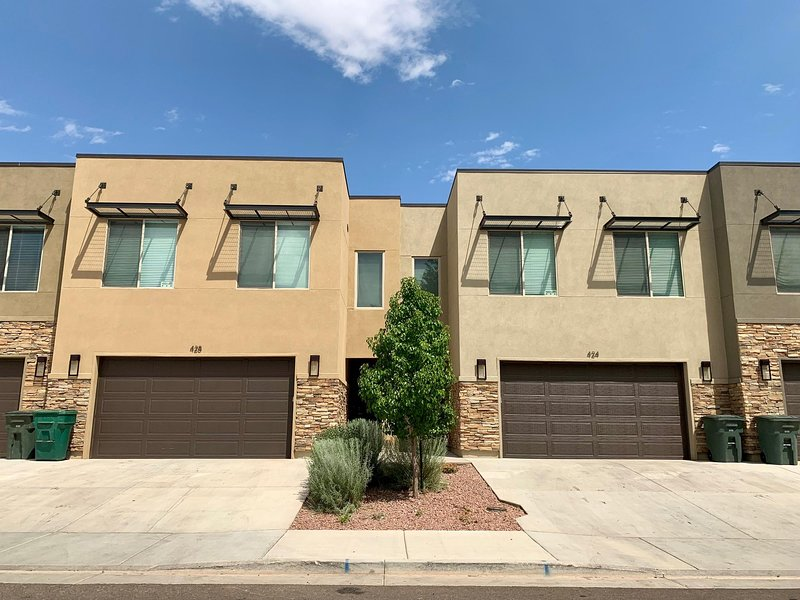 Entrada 424 and 428, Combined for an 8 Bed 6 Bath, Sleeps 22
