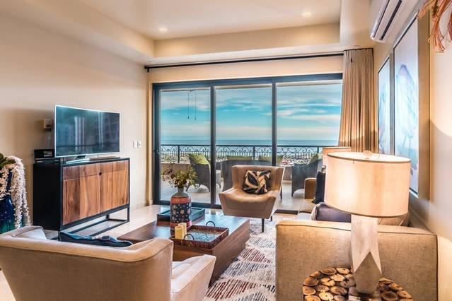Fantastic Ocean View Condo with 5⭐  Resort Access!, holiday rental in La Joya