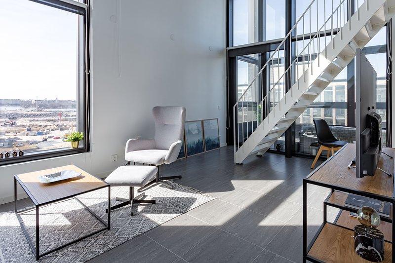 Top Floor Penthouse WeHost *Kapteeni Sundmanin katu, holiday rental in Vierumaki