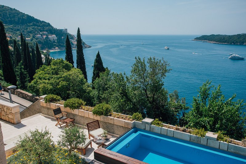 Beautiful Villa Paulina, in Dubrovnik, with a Pool, vacation rental in Dubrovnik