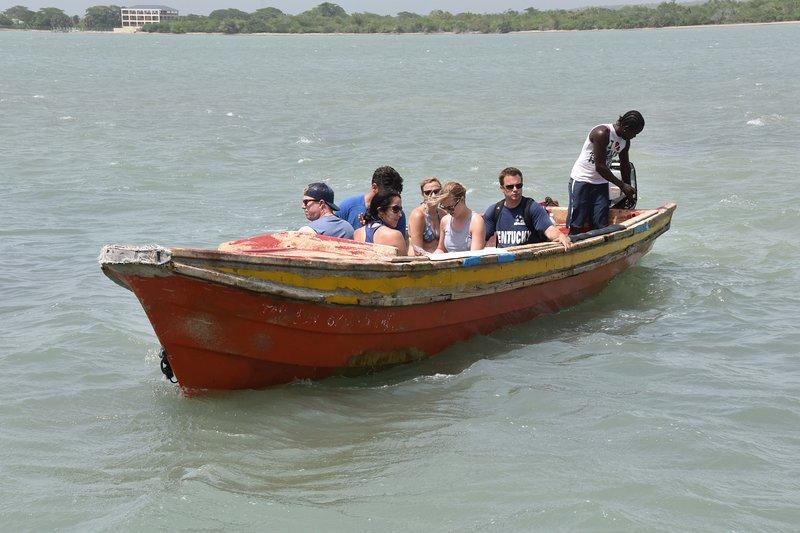 Tillgängliga Fun Boat Tours !! :-) :-)
