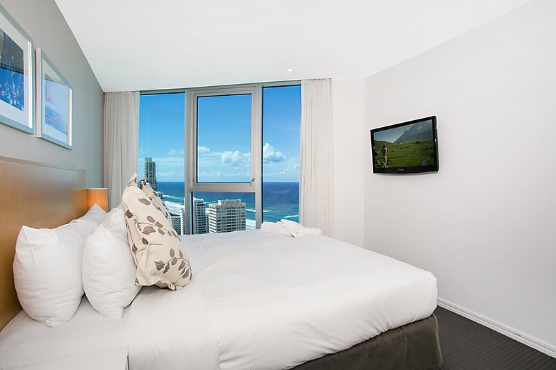 GCHR Orchid Residences Apt 22405 - 2 BR Level 24 (1K+1D), location de vacances à Surfers Paradise