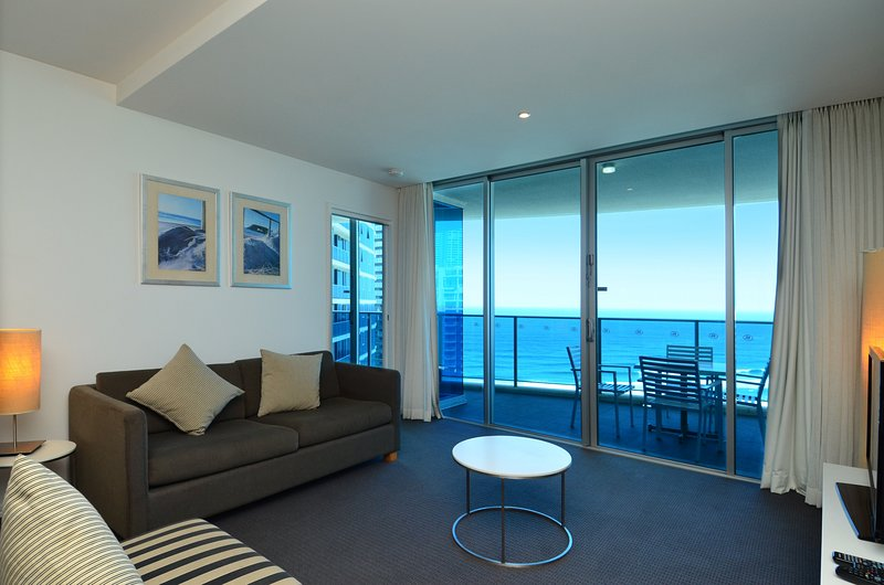 GCHR Orchid Residences Apt 12804 - 2 BR Level 28 (1K+1D), vacation rental in Biggera Waters