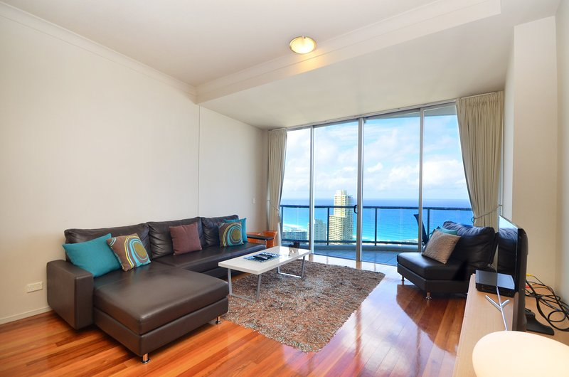 GCHR Chevron Renaissance Apt 2364 - Sky High Level 36, 2 BR Apt., location de vacances à Surfers Paradise