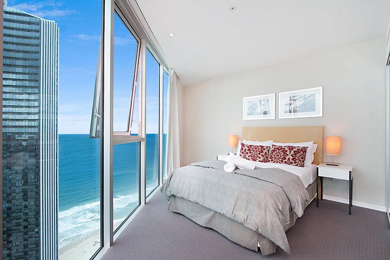GCHR Orchid Residences Apt 24802 3BR Luxury, Level 48, Surfers, vacation rental in Biggera Waters