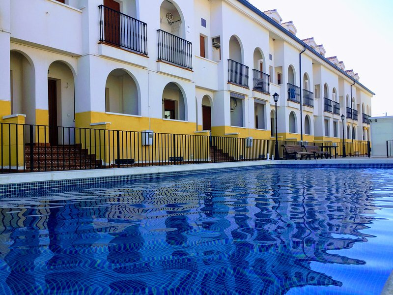 Apartamento con piscina y excelente puesta de Sol excelente., casa vacanza a Ruidera