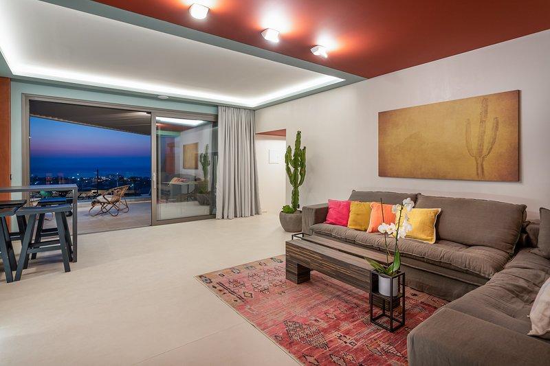 Delight - 2 Bedroom Sea View Villa with Private Pool| Onira Suite Dreams Crete, holiday rental in Anissaras