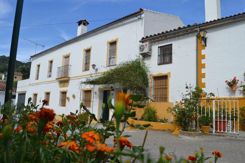 Casa rura 6 a 8 personas El Bosque, Cadiz, vacation rental in Sierra de Grazalema Natural Park