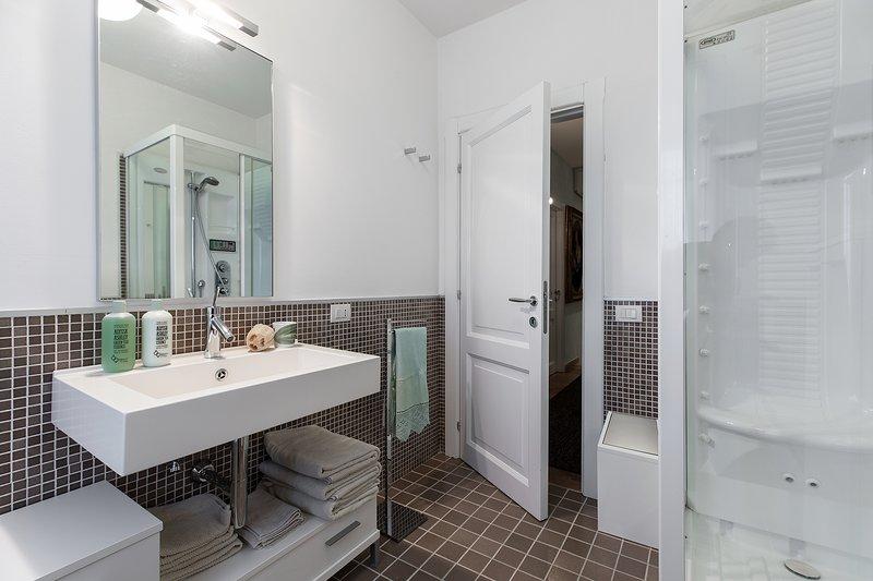 AKTUALISIERT: 2019 - VILLA DIAMANTE - Private Vila with Pool, wi-fi ...