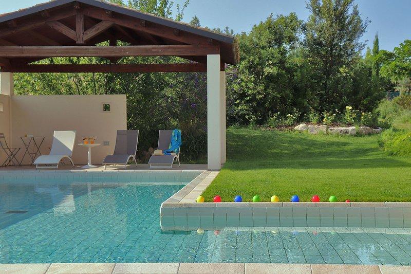 Casale San Basso - Gazebo at the pool area