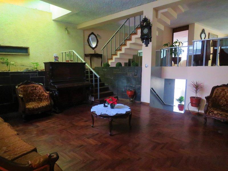 ALQUILER DE CASA EN YANAHUARA PARA CONVENCIÓN MINERA, vacation rental in Arequipa