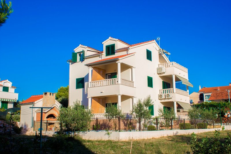 APARTMENTS  SRDAREV PENCOV  VODICE    2, vacation rental in Vodice