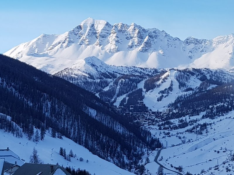 Apartment with mountain view, holiday rental in Vars