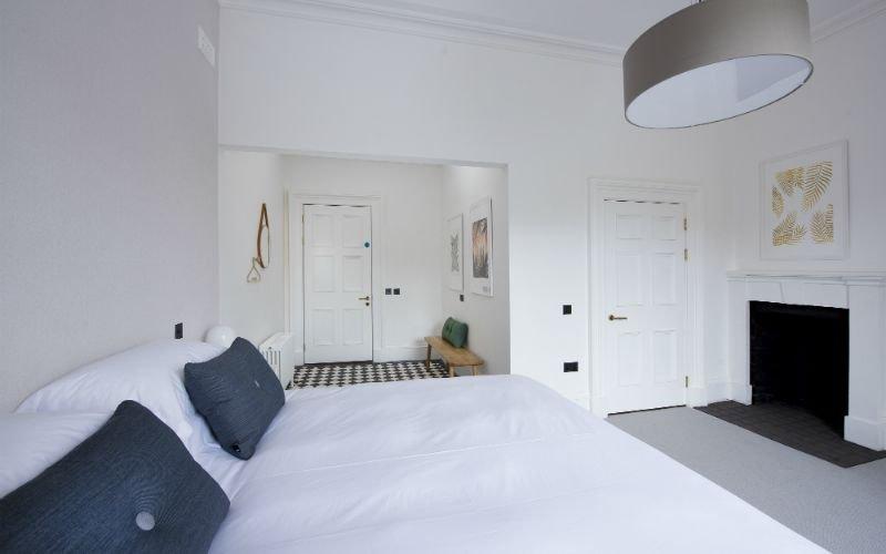 Lews Castle 1 Bed Room - Deluxe, holiday rental in Adabroc