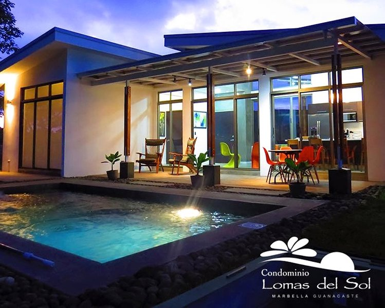 CASA URRACA surf modern pool villa, vakantiewoning in San Juanillo
