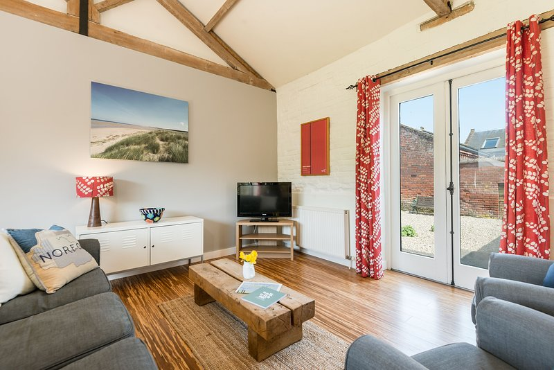 Owl, holiday rental in South Creake