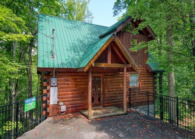 Secluded 1 Bedroom Log Cabin Sky Harbor Resort Pigeon Forge