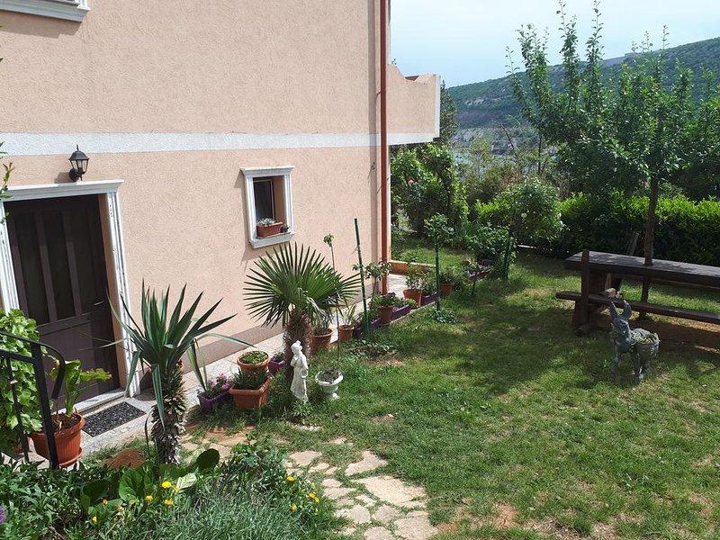Two bedroom apartment Bakar, Rijeka (A-15553-a), location de vacances à Bakar