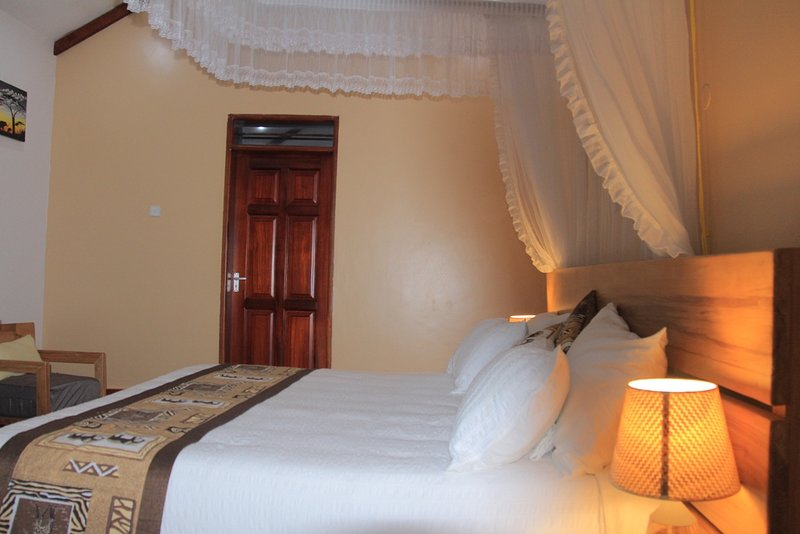 Kisubi Forest Cottage, holiday rental in Entebbe