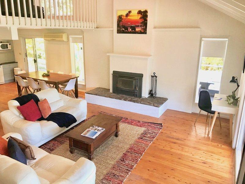 Casa Las Valla Luxurious Coastal Country House 3BR, Mid North Coast NSW, casa vacanza a Bellingen
